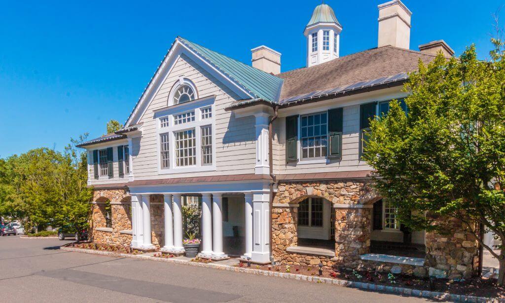 Olde Mill Inn Facade