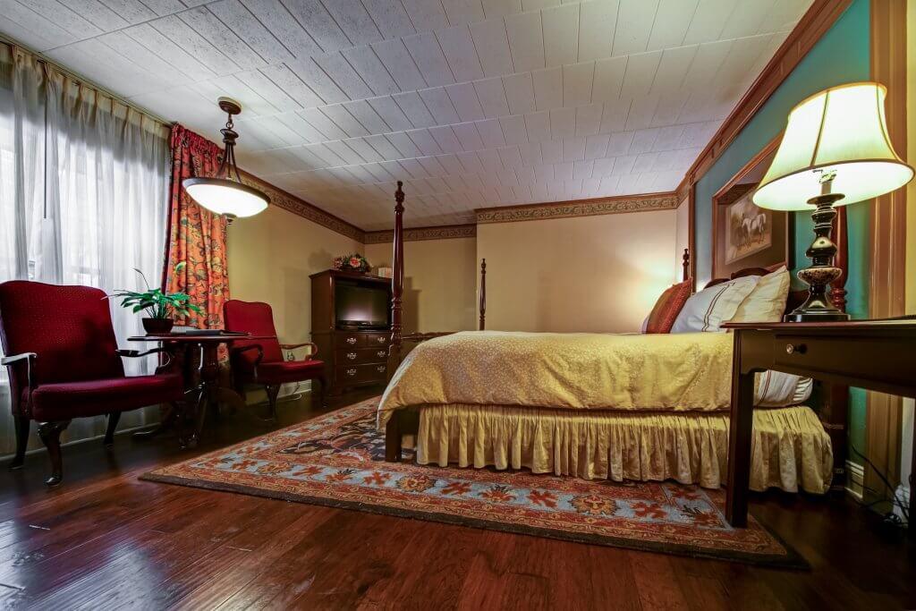 Olde Mill Inn Deluxe Room