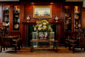 Olde Mill Inn Lobby